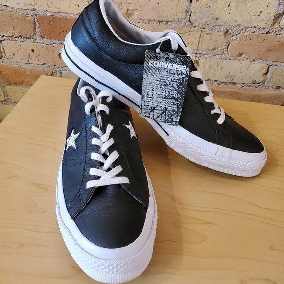 Converse Other - Converse One Star OX Sneakers